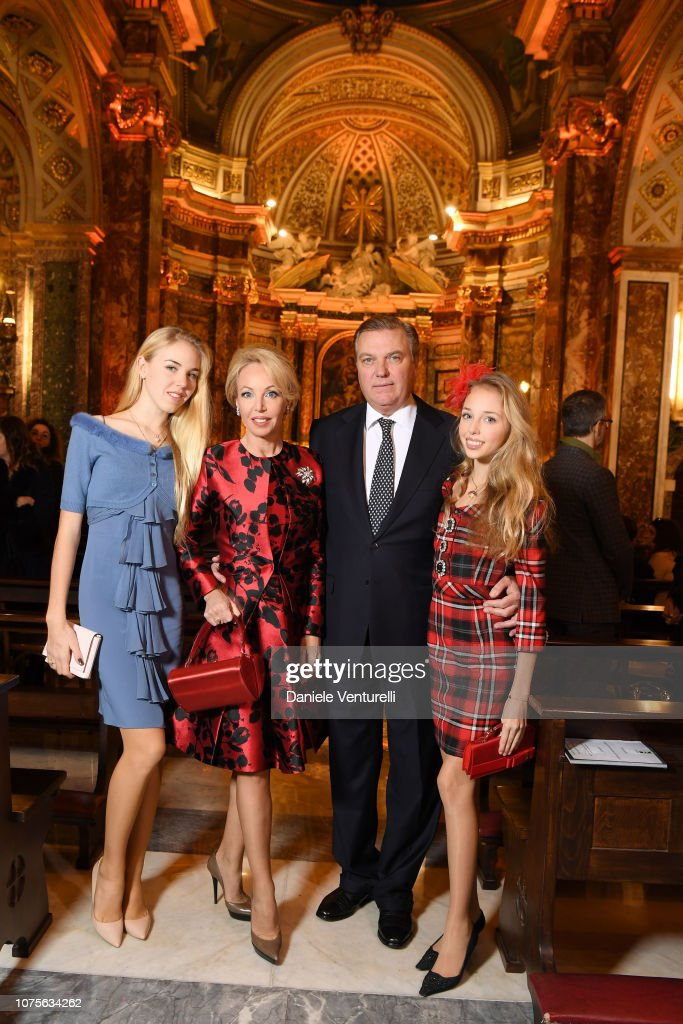 https://media.gettyimages.com/photos/maria-carolina-of-borbone-camilla-of-borbone-carlo-of-borbone-and-picture-id1075634262