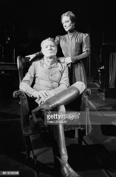 Maria Casarès et Alain Cuny dans la pièce 'La Danse de mort' en février 1970 à Paris France