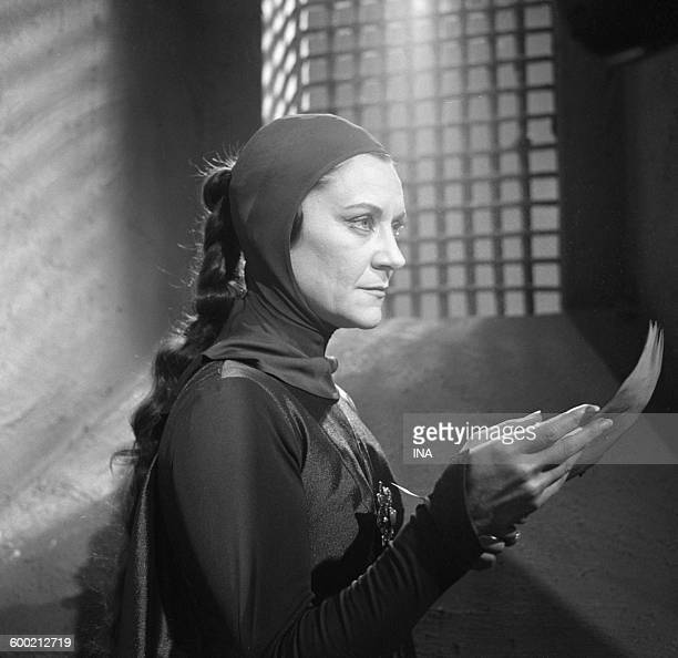 Maria Casarès in the Shakespeare's play Macbeth realized by Claude Barma