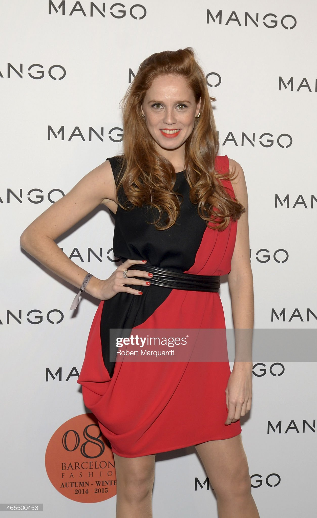 ¿Cuánto mide María Castro? - Altura Maria-castro-poses-during-a-photocall-for-the-mango-fashion-show-held-picture-id465500453?s=2048x2048