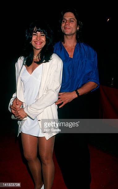 Maria Conchita Alonso and date at the Premiere of 'Cliffhanger' Mann Chinese Theater Hollywood