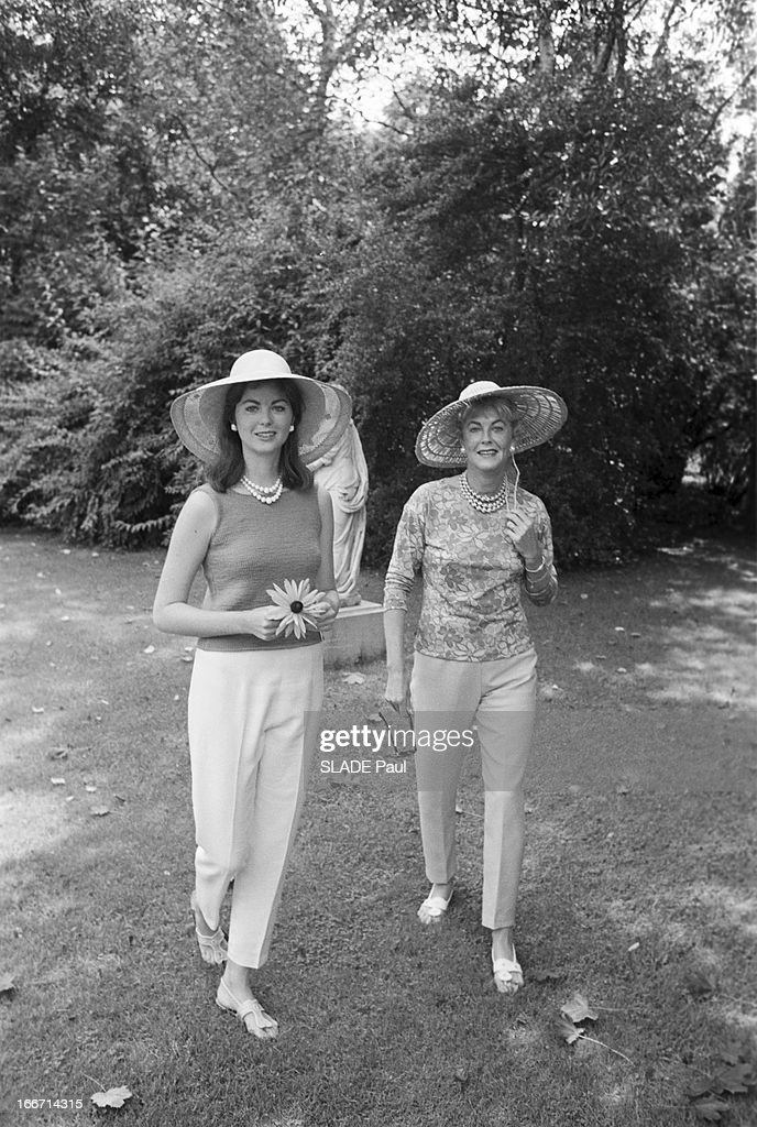 Maria Cooper And Her Mother Veronica'Rocky'Balfe In Southampton : News Photo