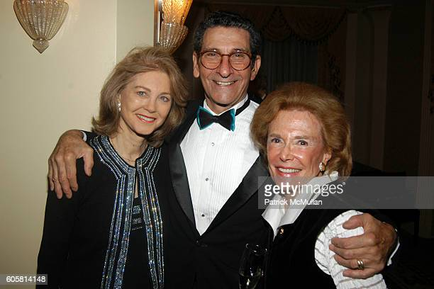 Maria Cooper Janis Richard Vance and Barbara Linhart at Mount Sinai Breast Health Resource Program's CELEBRATION OF LIFE GALA at Waldorf Astoria on...
