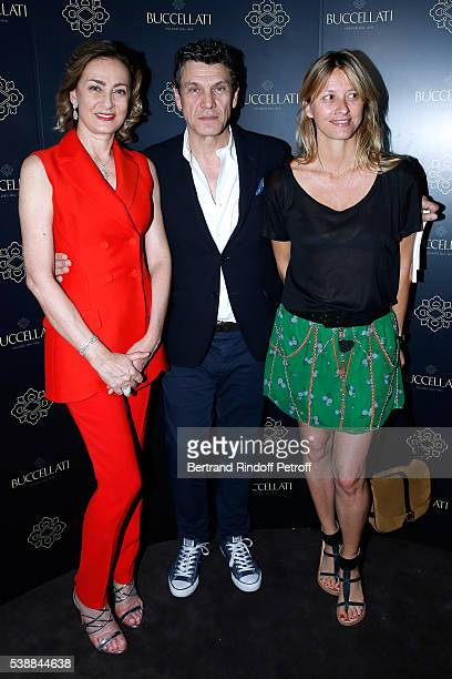 Maria Cristina Buccellati singer Marc Lavoine and his wife Sarah attend the Opening of the Boutique Buccellati situated 1 Rue De La Paix in Paris on...