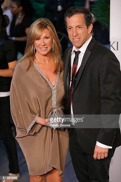 Maria Cuomo Cole with husband designer Kenneth Cole attends the 2008 CFDA Fashion Awards at The New York Public Library on June 2 2008 in New York...