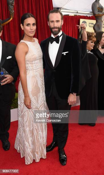 Maria Dolores Dieguez and actor Joseph Fiennes attends the 24th Annual Screen ActorsGuild Awards at The Shrine Auditorium on January 21 2018 in Los...