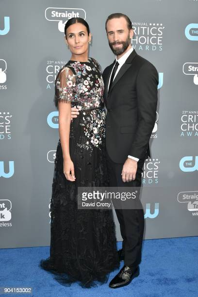Maria Dolores Dieguez and Joseph Fiennes attend The 23rd Annual Critics' Choice Awards Arrivals at The Barker Hanger on January 11 2018 in Santa...