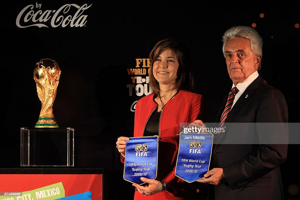 Fifa World Cup Trophy Tour In Mexico : Nieuwsfoto's