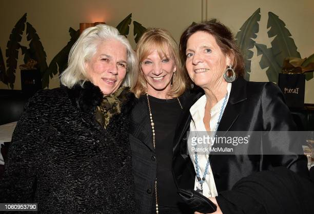 Maria Friedrich Kathe Patrinos and Julie Graham attend the Andy Warhol Museum's Annual NYC Dinner at Indochine on November 12 2018 in New York New...