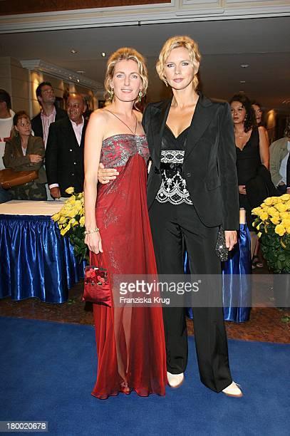 Maria Furtwängler Und Veronica Ferres Bei Der United People Charity Night 2006 Zugunsten PowerChild Im Hotel Bayrischen Hof In München