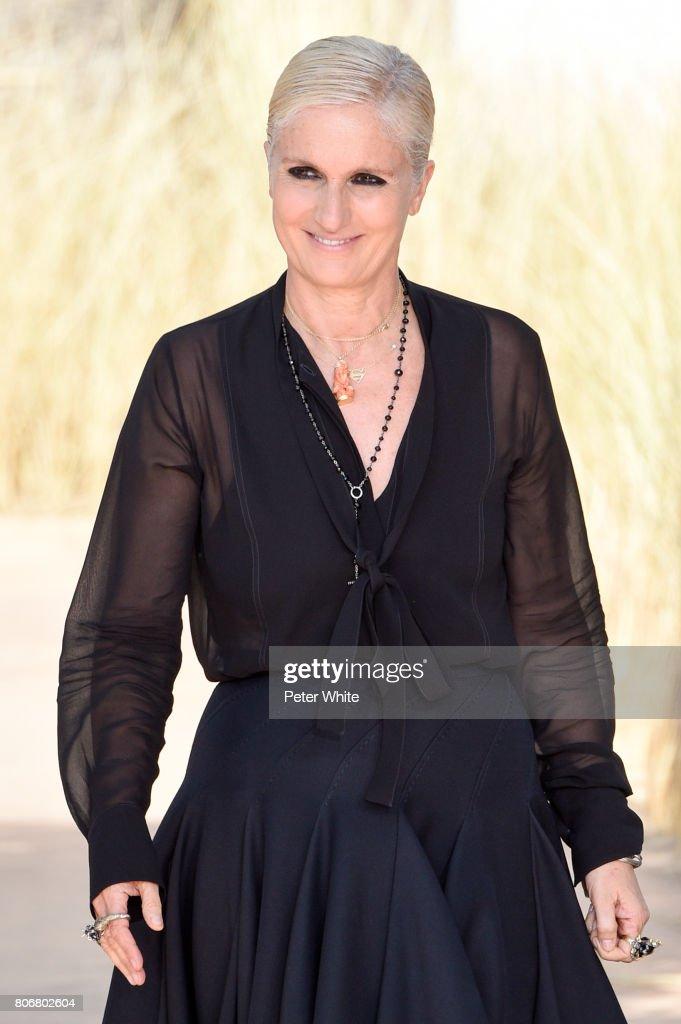 Christian Dior : Runway - Paris Fashion Week - Haute Couture Fall/Winter 2017-2018