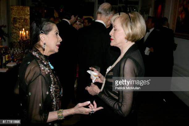 Maria Kalnay and Zita Davisson attend Portrait artist ZITA DAVISSON's Great Gatsby Party A Roaring 20's Evening at Private Residence on October 20...