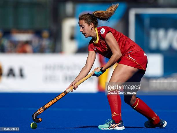 Maria Lopez of Spain in action during the match between Spain and Ghana during day four of the Hockey World League Round 2 at Polideportivo Virgen...
