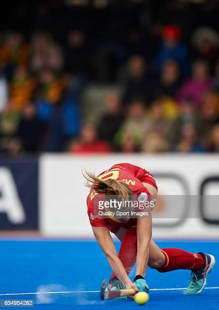 Maria Lopez of Spain in action during the match between Spain and Poland during day six of the Hockey World League Round 2 at Polideportivo Virgen...