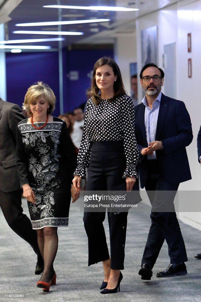 Queen Letizia Of Spain Attends 'Medios De Comunicacion Y Salud Mental' Event In Madrid : News Photo