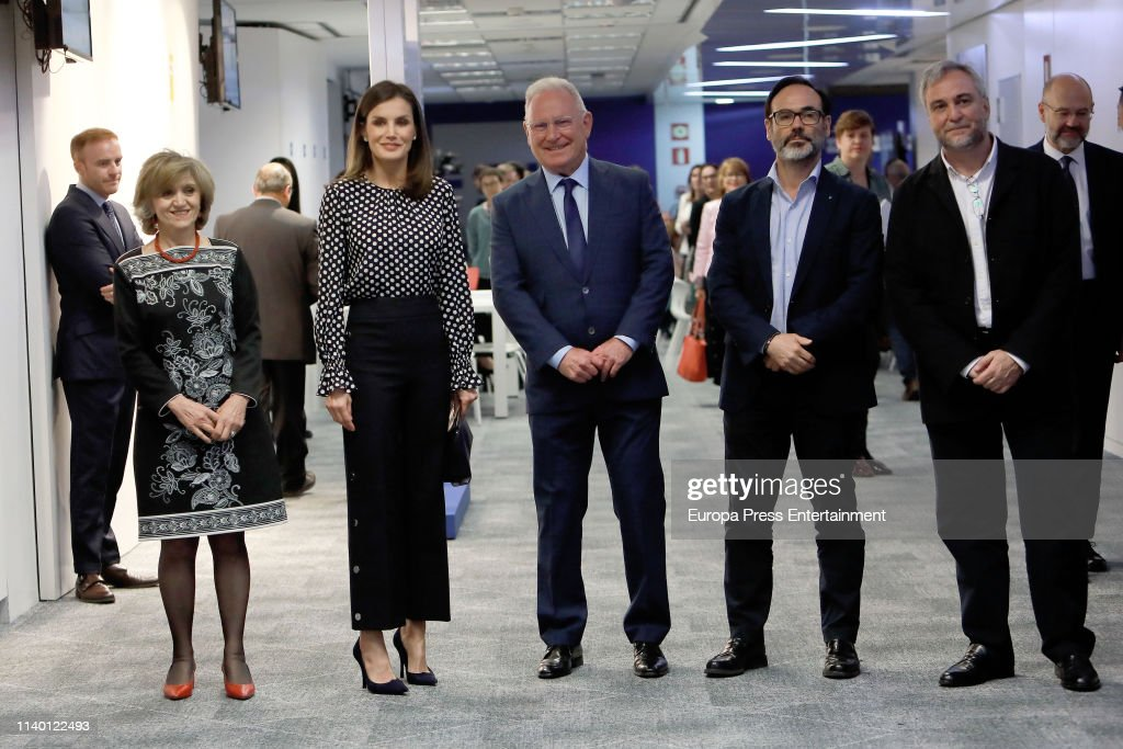 Queen Letizia Of Spain Attends 'Medios De Comunicacion Y Salud Mental' Event In Madrid : News Photo