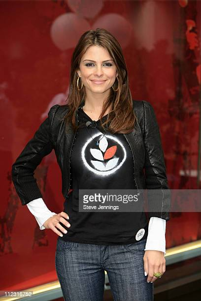 Maria Menounos during Maria Menounos Celebrates Volunteerism With Levi's Jeans on 501 Day at Levi's Headquarters and Store in San Francisco,...