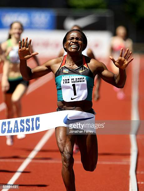 Maria Mutola of Mozambique wins the 800 meter race during the Prefontaine Classic on June 8 2008 at Hayward Field in Eugene Oregon