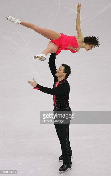 Maria Petrova and Alexei Tikhonov of Russia compete in the Pairs Free Skating Figure Skating during Day 3 of the Turin 2006 Winter Olympic Games on...