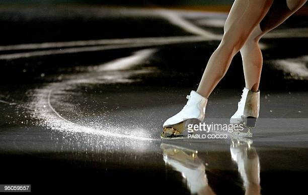 Maria Petrova of Russia performs in the final Gala at the European Figure Skating Championships in Turin 30 January 2005. AFP PHOTO/Paolo COCCO