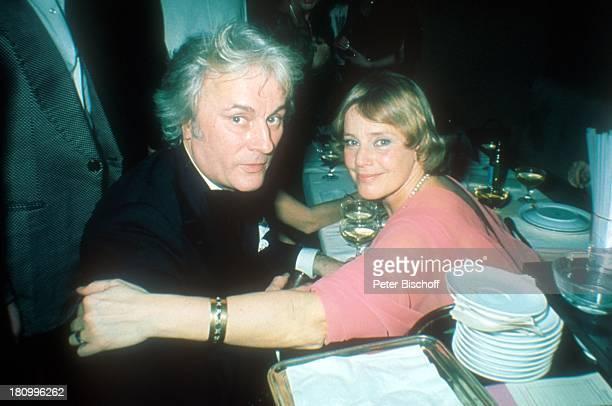 Maria Schell Ehemann Veit Relin 'Deutscher Filmball 1976' München Bayern Deutschland Europa Hotel 'Bayerischer Hof' dah