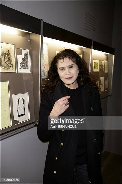 Maria Schneider At The Opening of David Lynch exhibition in Paris in 2007.