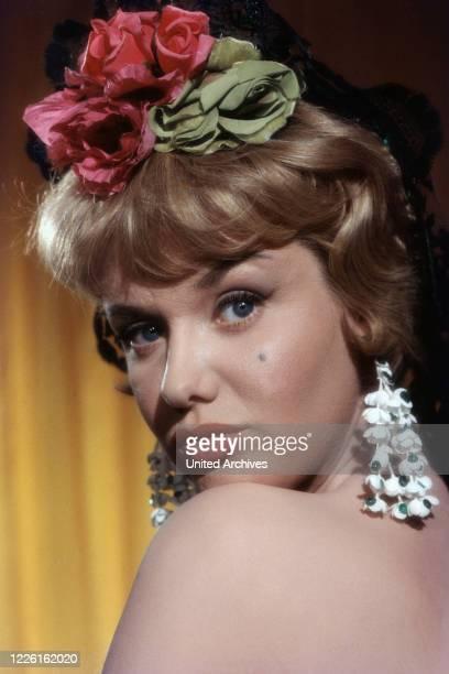 Maria Sebaldt, deutsche Schauspielerin, Deutschland Ende 1950er Jahre. German actress Maria Sebaldt, Germany late 1950s.