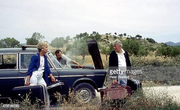 Maria Sebaldt Stephan Orlac ZDFFamilienSerie Die Wicherts von nebenan am auf Insel Mallorca Spanien