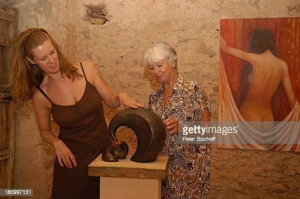 Maria Sebaldt Tochter Katharina Freitag Cos Concos/Mallorca/Spanien Galerie Casa de Artes Schauspielerin Bildhauerin Insel Skulptur Ausstellung Bild...