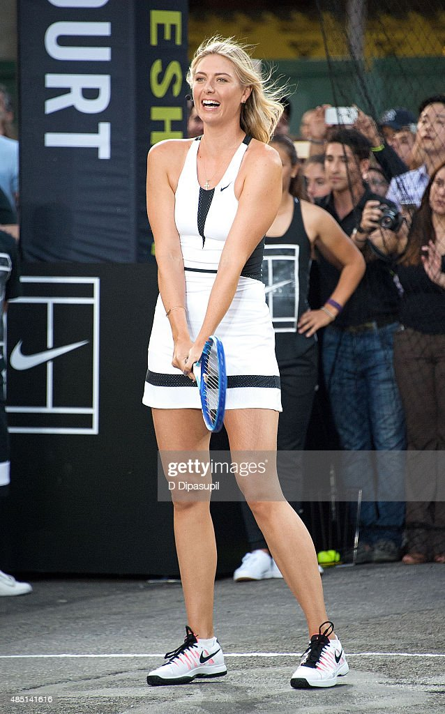 Maria Sharapova attends Nike's 'NYC Street Tennis' event on August 24, 2015 in New York City.