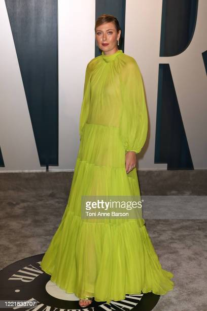 Maria Sharapova attends the 2020 Vanity Fair Oscar Party at Wallis Annenberg Center for the Performing Arts on February 09 2020 in Beverly Hills...