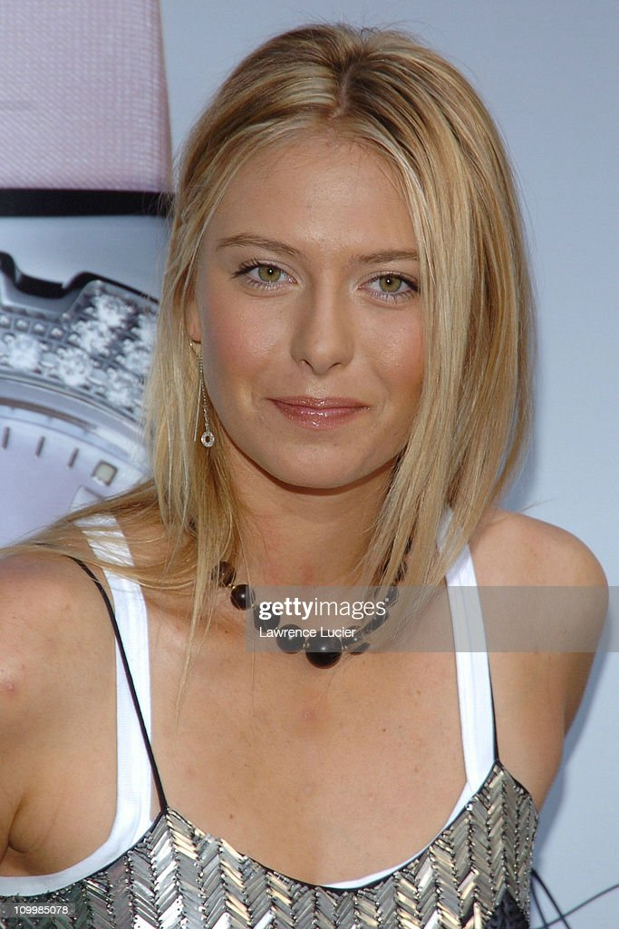Maria Sharapova, No. 1 Ranked Tennis Player, Launches Her New Tag Heuer Watch : ニュース写真