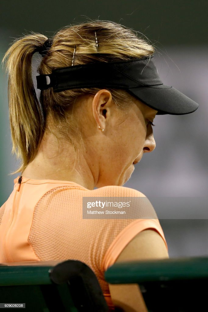 Maria Sharapova of Russia cools down between games while playing Naomi Osaka of Japan during the BNP Paribas Open at the Indian Wells Tennis Garden on March 7, 2018 in Indian Wells, California.