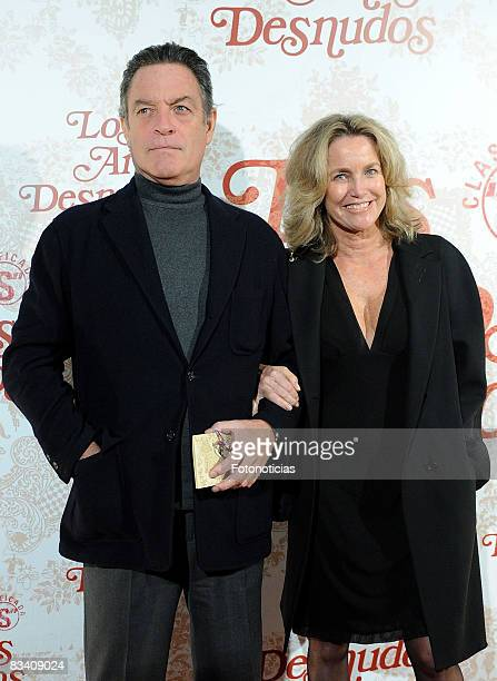Maria Suelves and Claudio Montes attend the 'Los Aos Desnudos' premiere at the Capitol Cinema on October 23 2008 in Madrid Spain