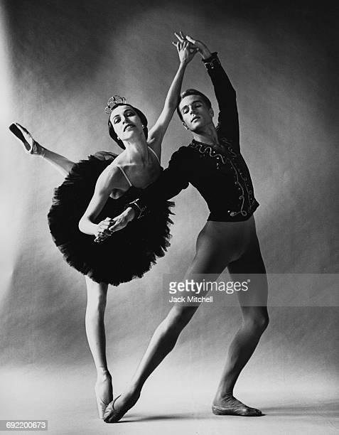 Maria Tallchief and Erik Bruhn in American Ballet Theatre's 'Black Swan' pas de deux 1961