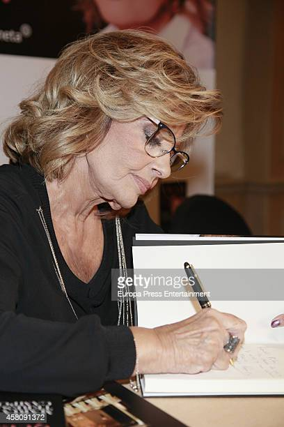 Maria Teresa Campos attends the presentation of the book 'Amar 'Para que'' written by Maria Teresa Campos on October 29 2014 in Madrid Spain