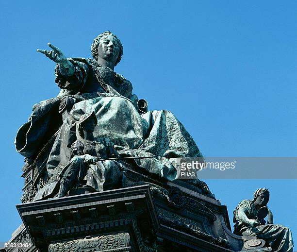 Maria Theresa . Empress of the Holy Roman Empire. Statue of the Maria Theresia monument. By German sculptor Kaspar von Zumbusch, 1888. Vienna....