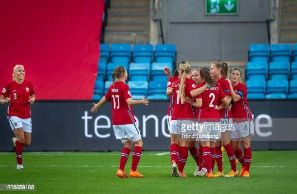 Maria Thorisdottir, Lisa-Maria Utland, Guro Reiten, Ingrid Moe Wold, Caroline Graham Hansen and Maren Mjelde of Norway celebrate a goal during the...