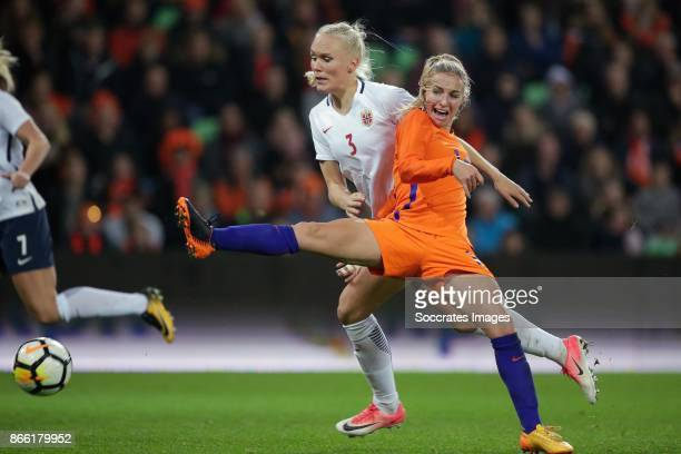 Maria Thorisdottir of Norway Women Jackie Groenen of Holland Women during the World Cup Qualifier Women match between Holland v Norway at the...
