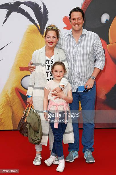 Maria Wedig, Sven Wedig and Leni Wedig attend the 'Angry Birds - Der Film' Premiere on May 1, 2016 in Berlin, Germany.