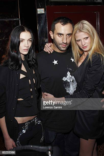 Mariacarla Boscono Givenchy Designer Ricardo Tisci and Julia Stone attend the Givenchy Party at Regine's on October 2 2008 in Paris France