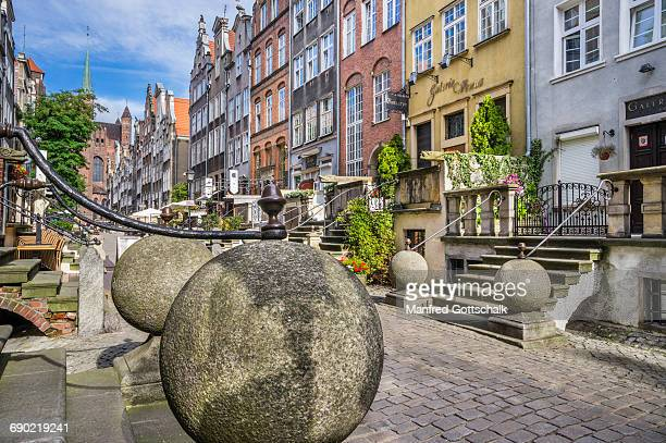 mariacka street porches gdansk - gdansk stock pictures, royalty-free photos & images