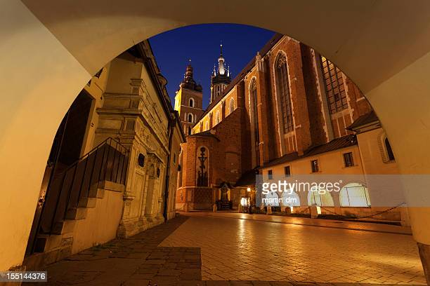 mariacki cathedral by night - martin dm stock pictures, royalty-free photos & images