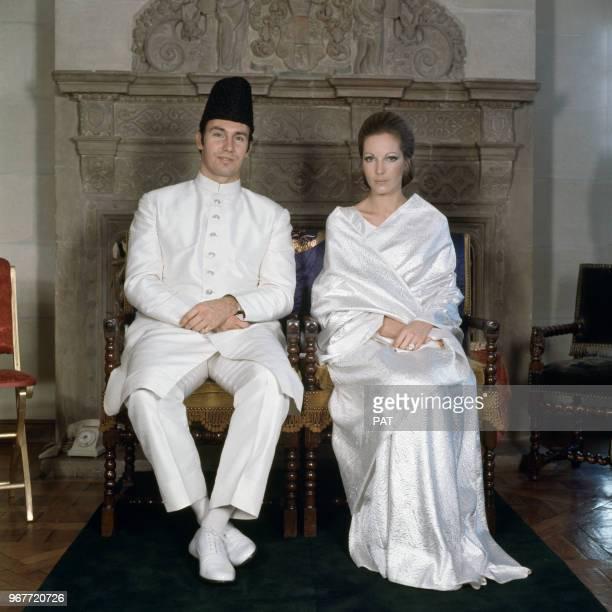 Mariage de Karim Aga Khan IV avec Sarah CrockerPoole qui devient la Bégum Salimah Aga Khan le 21 octobre 1969 à Paris France