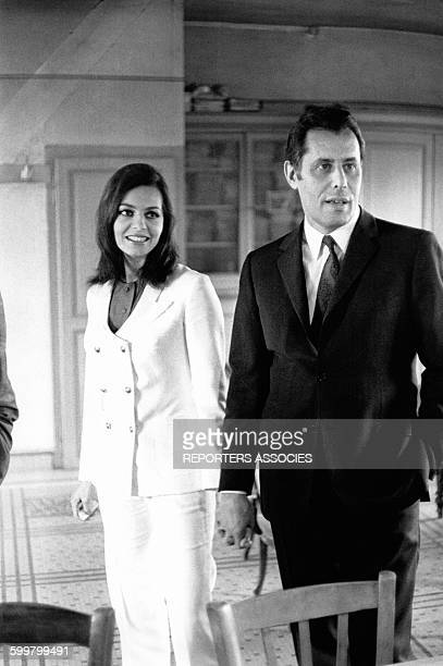 Mariage de l'actrice Michèle Mercier avec le pilote-producteur de cinéma Claude Bourillot, circa 1960, en France .