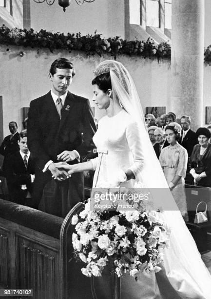 Mariage du prince Hans-Adam Liechtenstein et de la comtesse Marie Kinsky von Wchinitz und Tettau à Vaduz au Liechtenstein, le 30 juillet 1967.