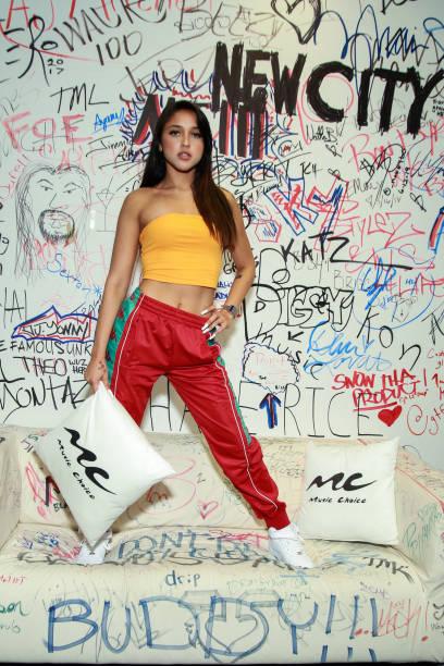 NY: Mariah Visits Music Choice