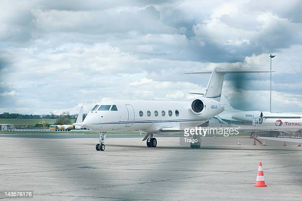 Mariah Carey and Nick Cannon's plane leaves Le Bourget Airport on April 29 2012 in Paris France