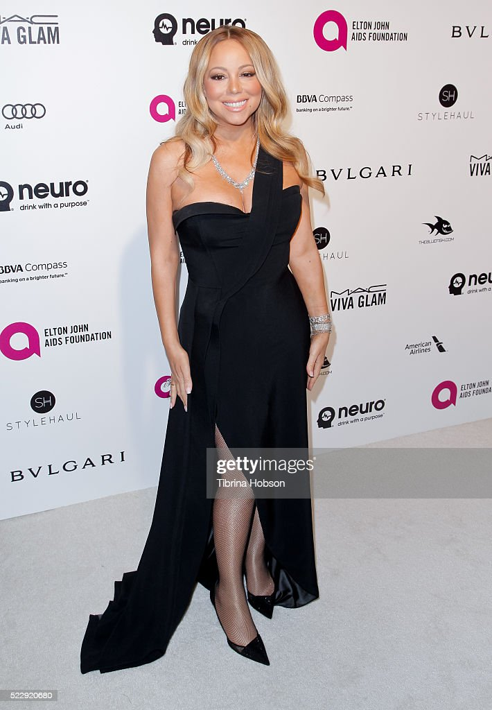 Mariah Carey attends the 24th annual Elton John AIDS Foundation's Oscar Party on February 28, 2016 in West Hollywood, California.