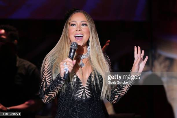 Mariah Carey performs at the amfAR Cannes Gala 2019 at Hotel du Cap-Eden-Roc on May 23, 2019 in Cap d'Antibes, France.
